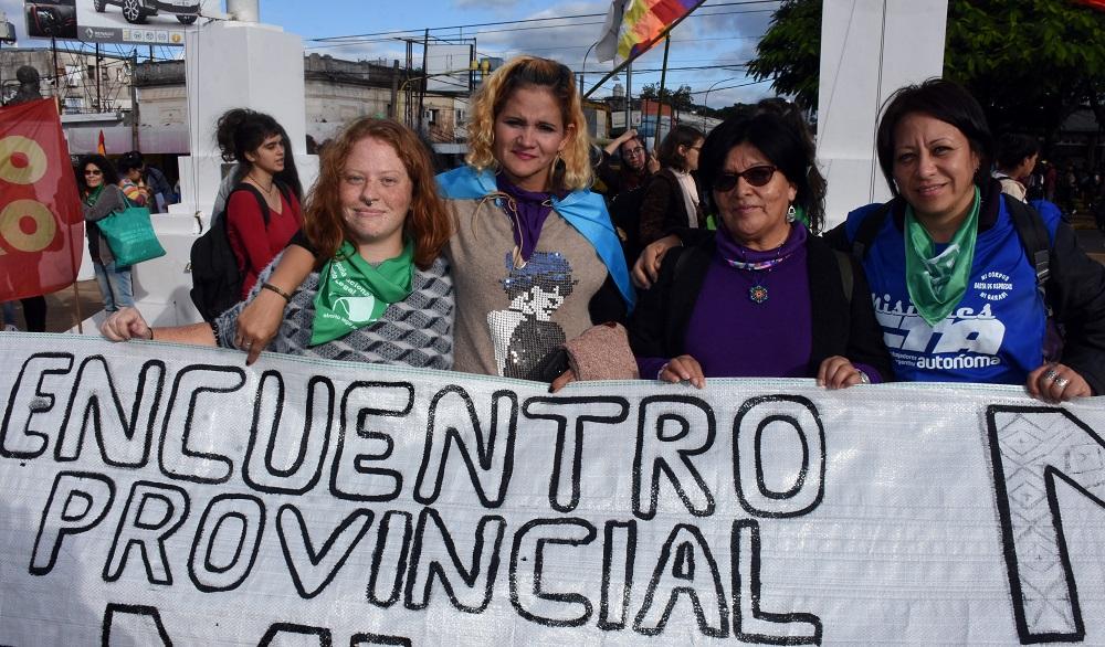 Encuentro de mujeres originarias [PUNIQRANDLINE-(au-dating-names.txt) 31