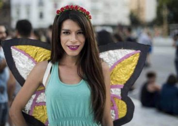 "Carolina Ibarra, militante travesti, le contesta a Grabois: ""el travestismo es lucha"""