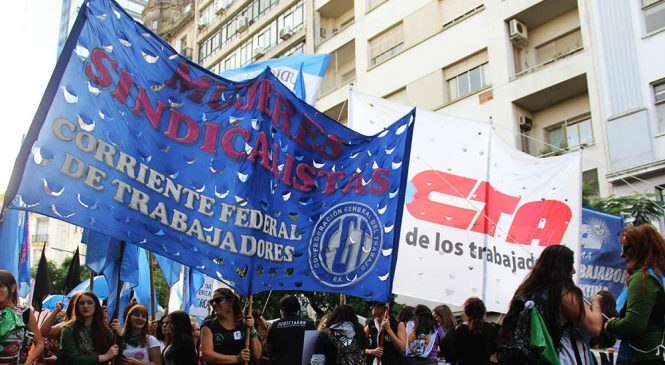#NiUnaMenos: mujeres sindicalistas suman el rechazo a la eliminación de la Ley de Moratorias