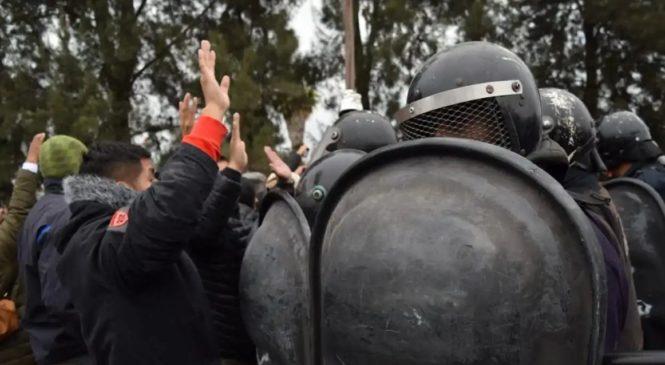 La policía de Urtubey reprimió una manifestación de maestras en la capital salteña