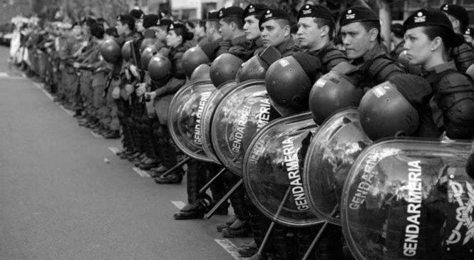 Las políticas educativas para jóvenes en manos de Gendarmería son un retroceso para la democracia
