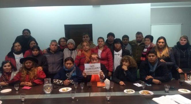 """Salta: tras el fracaso de la negociación, docentes se """"acuartelan"""" en el Ministerio de Educación"""