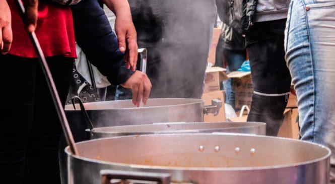 Comedores comunitarios: los salvadores en las barriadas