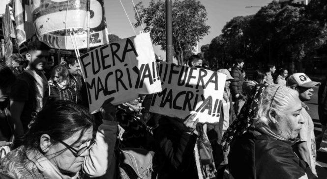 Contundente jornada nacional de lucha contra las políticas económicas macristas