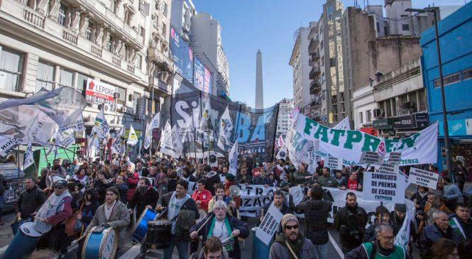 """""""Es el peor momento para el periodismo desde el retorno de la democracia"""""""