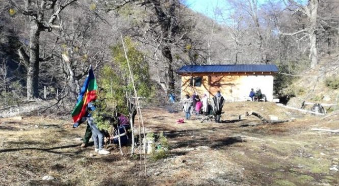 La Justicia ratificó el desalojo de la comunidad mapuche en el cerro Ventana