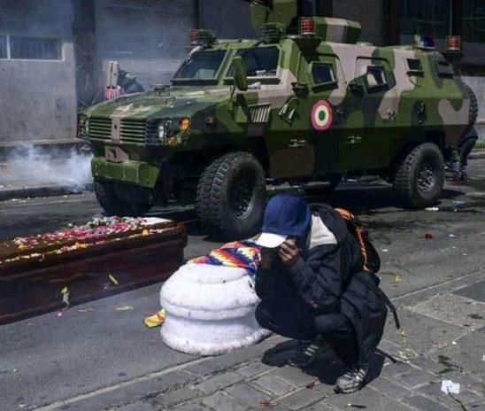 En Bolivia reprimen aún después de asesinar