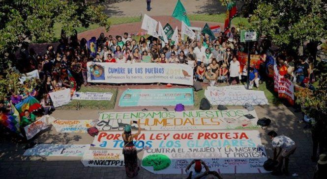 """Cumbre de los Pueblos en Chile: """"Salvemos la Tierra, cambiemos el sistema"""""""