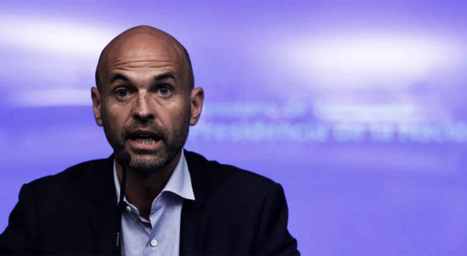 Beneficios para FlyBondi: Denuncian por corrupción al ex ministro Guillermo Dietrich