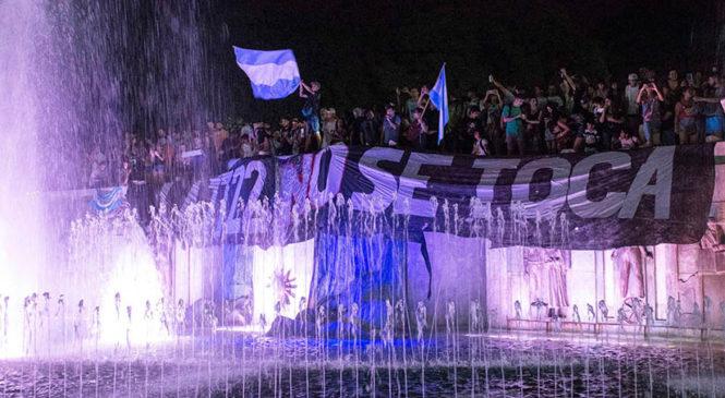 Victoria popular en Mendoza: gobernador ahora anunció que derogará la Ley del Cianuro