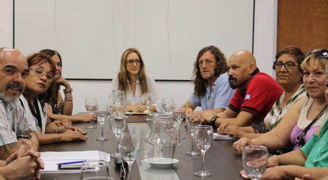 Provincia de Buenos Aires: estatales pidieron recomposición salarial y reapertura de Fanazul
