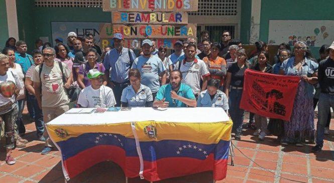 Venezuela: las comunas levantan bandera