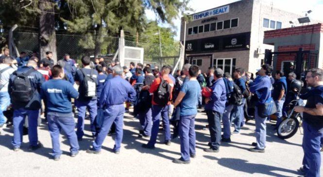 """Trabajadores de BedTime resuelven """"endurecer las medidas"""""""
