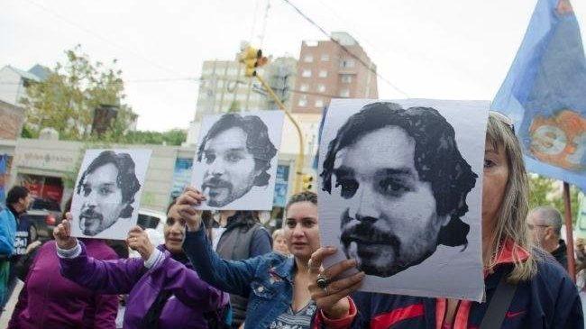 Neuquén: Se cumplieron 13 años del fusilamiento del maestro Fuentealba