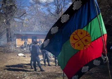 Patota armada ataca a comunidad Mapuche en Bariloche
