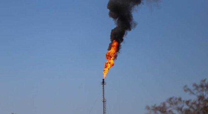 Caída histórica del petróleo, nueva señal de la inviabilidad de Vaca Muerta