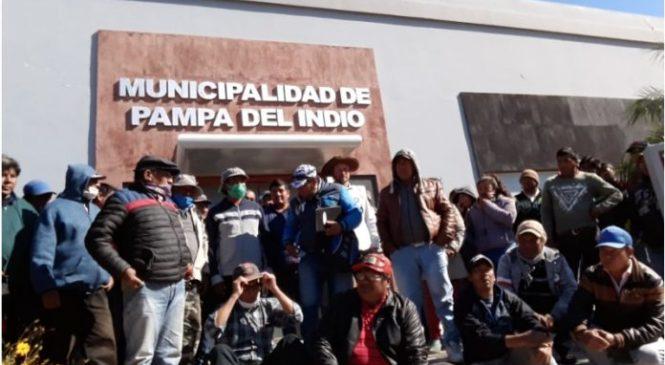 Manifestación de la comunidad Qom en Pampa del Indio: piden comida, frazadas y colchones