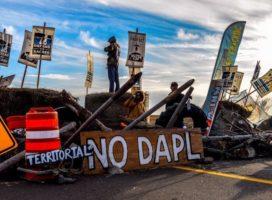 EEUU: un juez ordena el cierre del oleoducto Dakota Access, muy criticado por los sioux