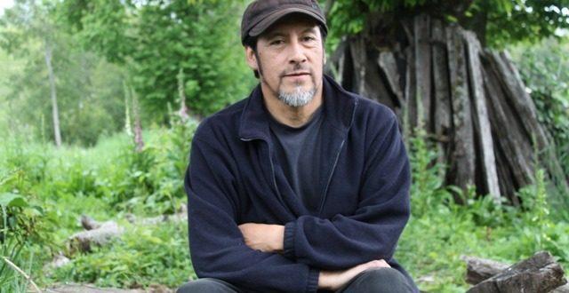 Postulan a destacado escritor y oralitor mapuche a premio nacional de literatura en Chile