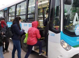 """Con """"rompehuelgas"""" Córdoba busca debilitar a los choferes que siguen de paro"""
