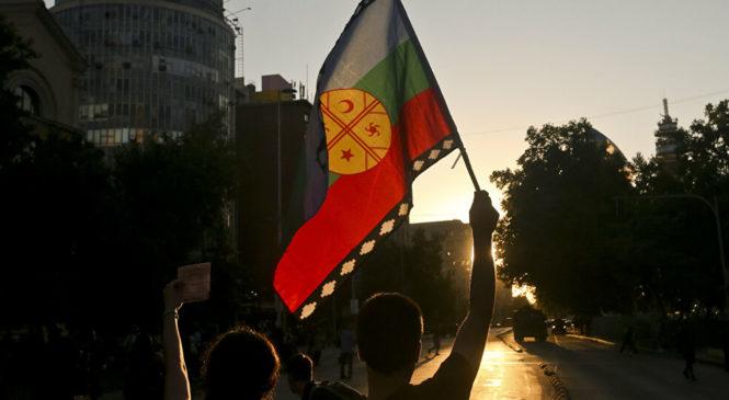 Grave: Gobierno chileno continúa sin resolver demanda de 26 presos mapuche en huelga de hambre