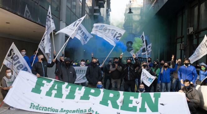 Caravana en CABA por aumento salarial para la prensa escrita