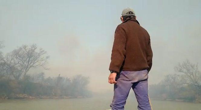 """""""Vengan a apagar el incendio"""": imágenes del voraz incendio en el humedal"""