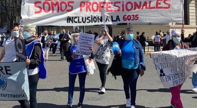 ¿Cuáles son los reclamos históricos de enfermeras/os que llevaron a la protesta que fue reprimida?