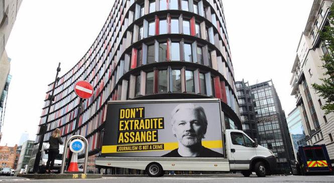 Jueza del caso Julian Assange compromete el veredicto debido a conflicto de intereses
