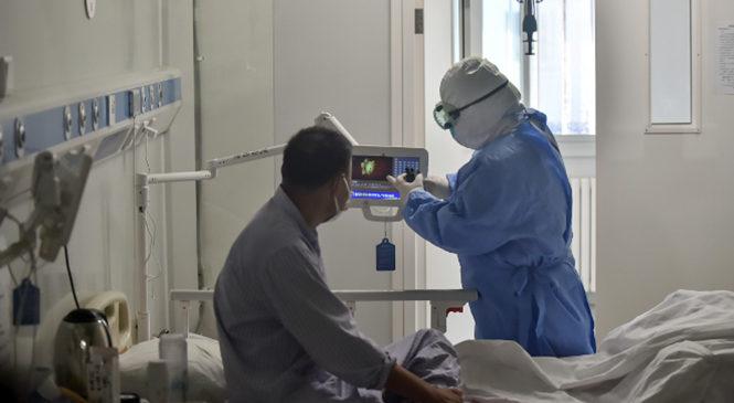 """Terapistas intensivos: """"Tenemos la sensación de que estamos perdiendo la batalla"""""""