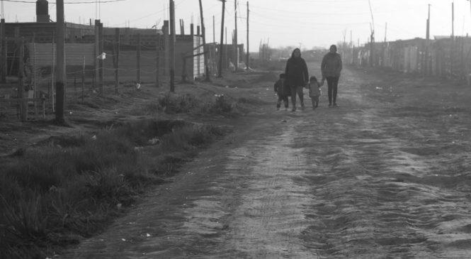 Por tierra para vivir en Guernica: Desalojo postergado y futuro incierto