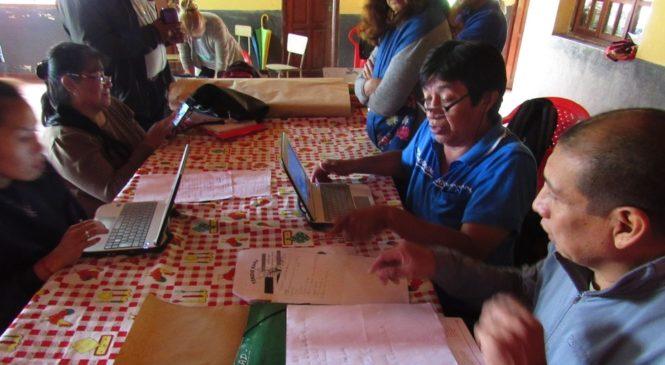 Hacia una educación indígena autónoma: guaraníes, tapietes y chanés diseñaron contenidos para sus escuelas