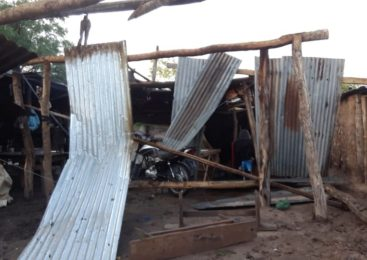 Embarcación: familias wichí perdieron sus viviendas por un tornado