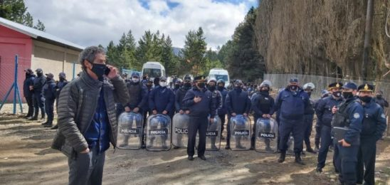 Río Negro: cuatro detenidos en desalojo de la comunidad Gallardo Calfu