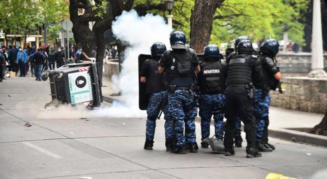 Córdoba: represión a trabajadores municipales que reclamaban por sus salarios