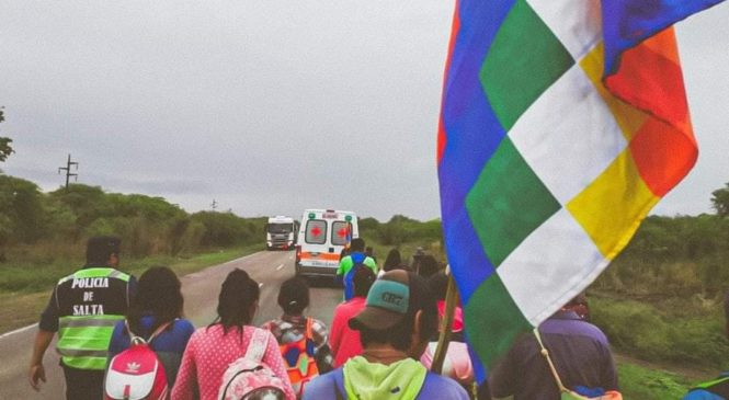 A pesar de la detención por Gendarmería, continúa la marcha de la Unión Autónoma de Comunidades Originarias del Pilcomayo