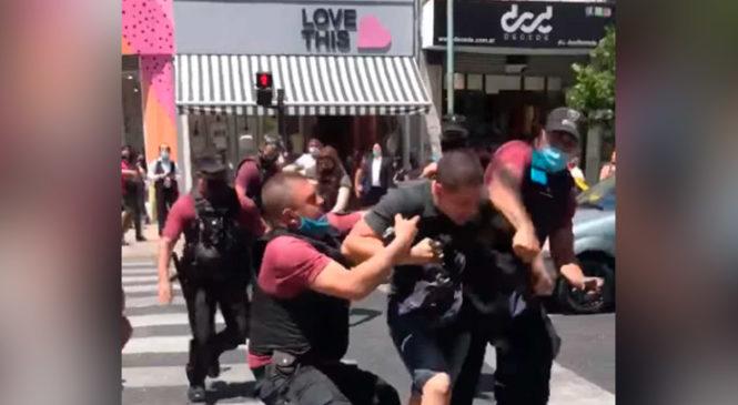 Denuncian la violencia policial porteña