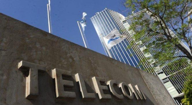"""Telecom niega paritarias """"por pérdidas"""" mientras convoca a asamblea de accionistas para distribuir dividendos"""
