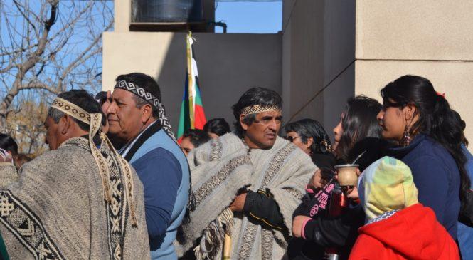 Neuquén: tristeza en Loma La Lata ante el fallecimiento del logko JoséCruz Cherqui