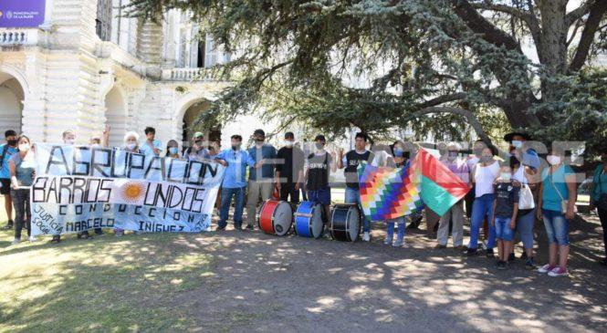 La Plata: una comunidad guaraní reclamó la restitución de sus tierras