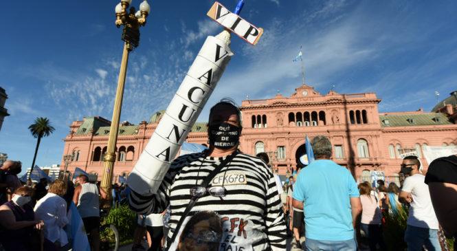 27 F en Plaza de Mayo
