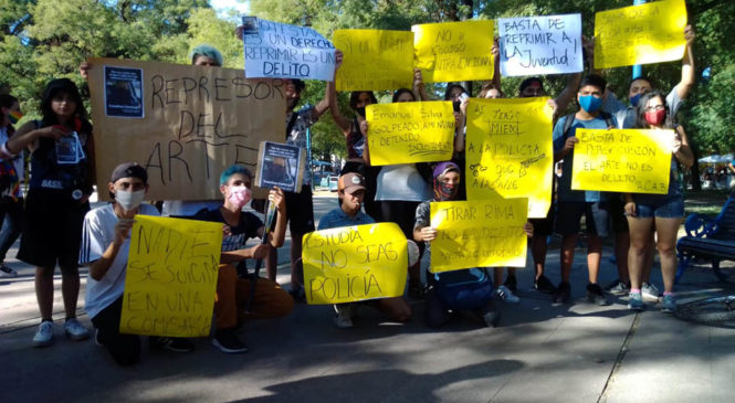 Represión: el arte de silenciar a lxs pibxs