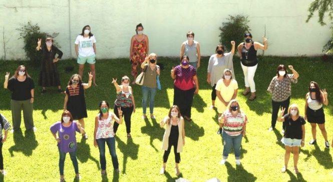 Reencuentro de mujeres sindicalistas de cara al 8M para debatir trabajos de cuidado, salarios, derechos e igualdad