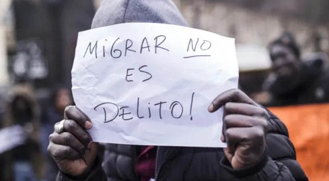 """""""Bajamos el decreto xenófobo del macrismo"""""""