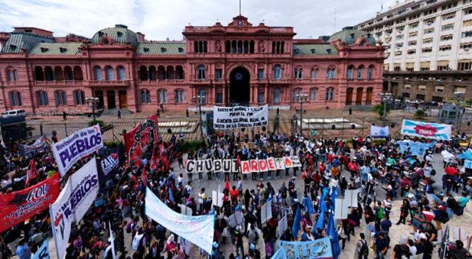 Organizaciones sociales convocan a asamblea masiva para lanzar plan nacional de lucha contra el ajuste