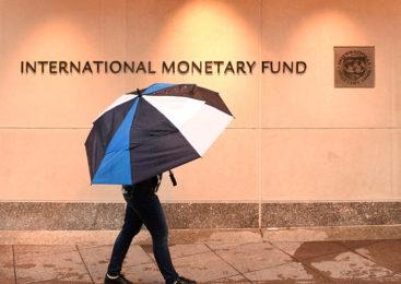 Crece la incertidumbre, la emisión monetaria y el endeudamiento en el mundo