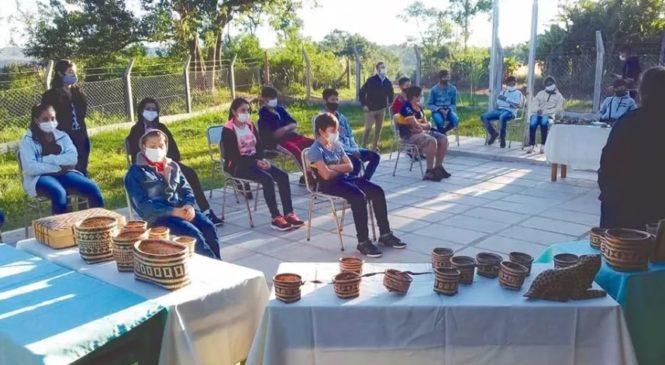 Escuelas como escenarios para poner en valor la cultura guaraní