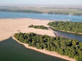 """Dragar el río Paraná a 42 pies """"desmoronará las barrancas y dejará sin agua a la isla"""""""