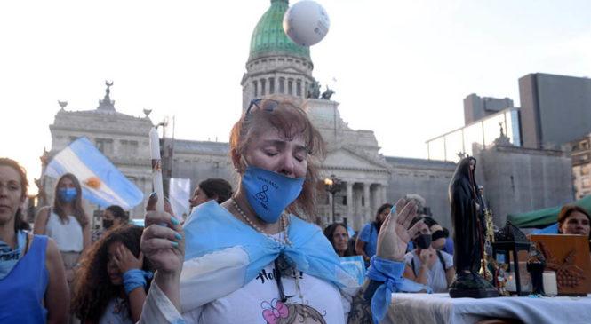 La guerra no declarada de la nueva derecha criolla