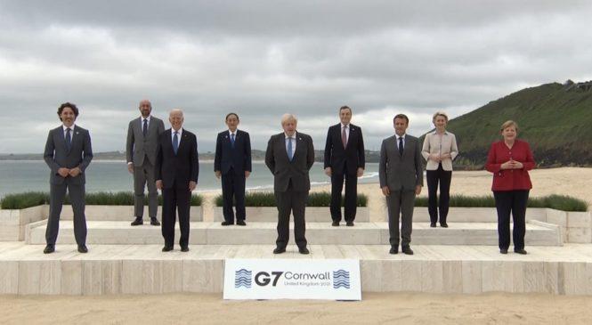 La promesa de las vacunas contra el covid del G7 es la farsa del año
